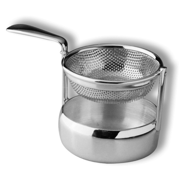 One piece tea strainer
