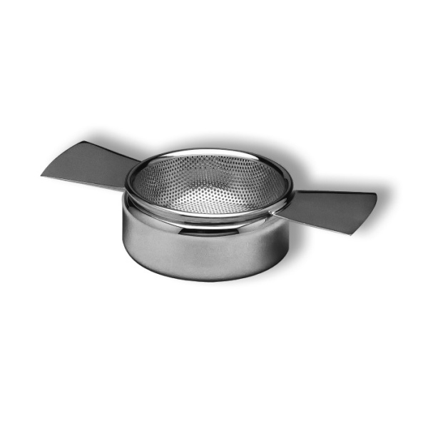Tea strainer with 2 handles